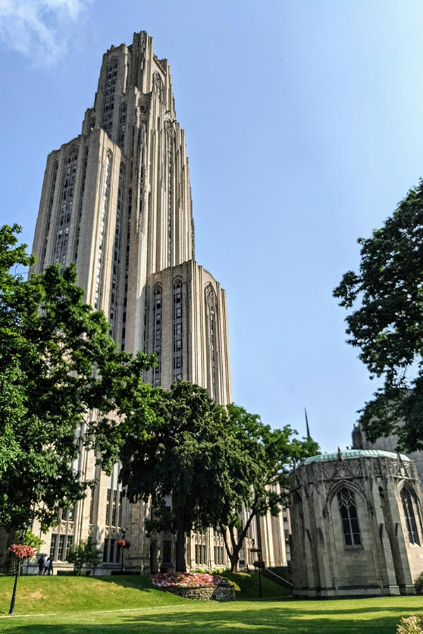 The Cathedral of Learning in Pittsburgh towers in to the sky.