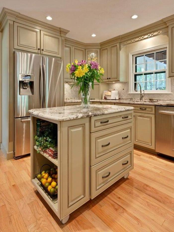 Antique White Kitchen Cabinets With Chocolate Glaze - 25 Antique White Kitchen Cabinets Ideas That Blow Your Mind - Reverb
