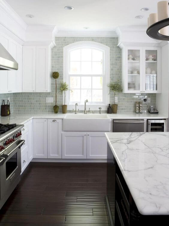 Best Granite Color For Antique White Cabinets