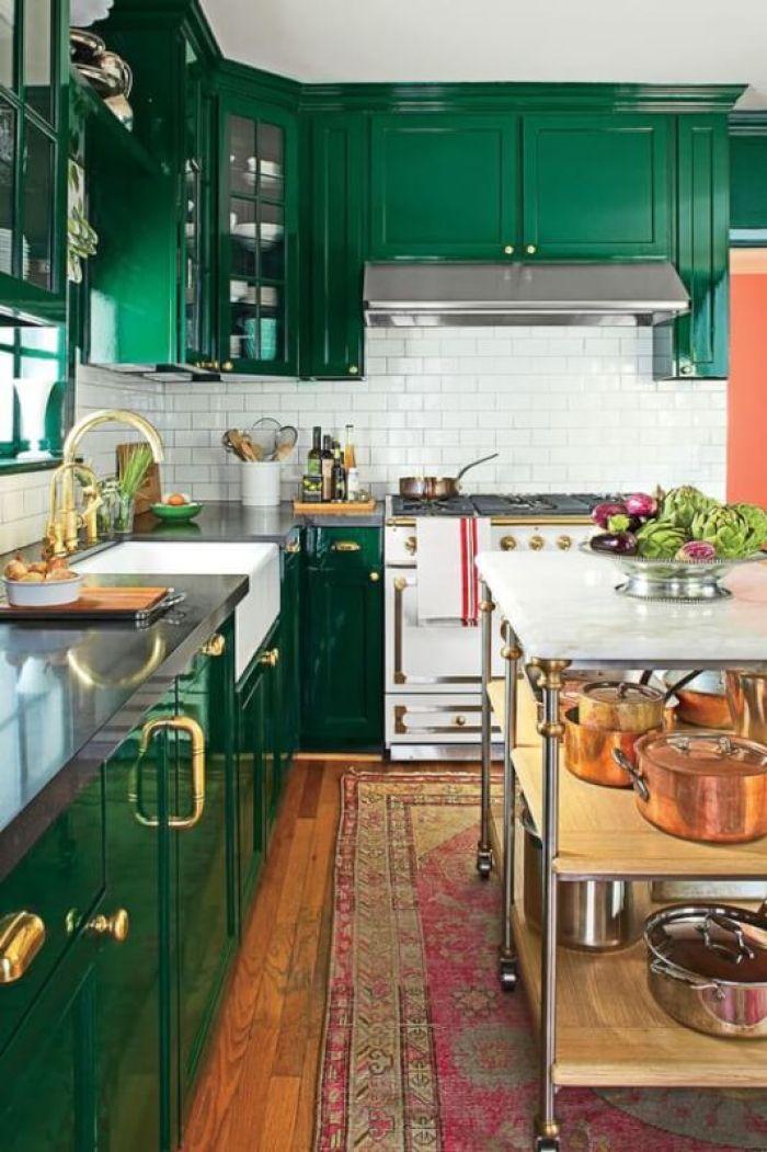 Green Kitchen Cabinets Design