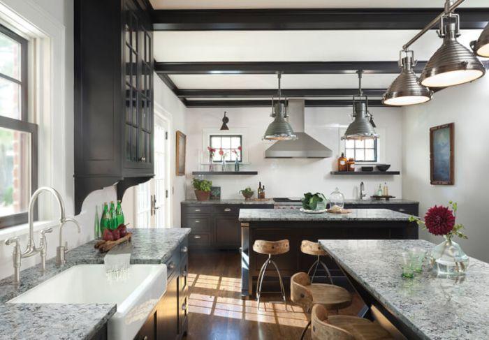 Small Modern Farmhouse Kitchen Idea
