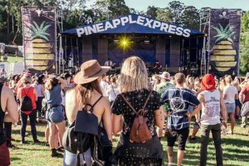 Epic tunes. Lush surrounds. Killer vibes. And a bloody big pineapple. You  know it! Queensland s legendary Big Pineapple Music Festival is back in  2018 and ... 482334c781