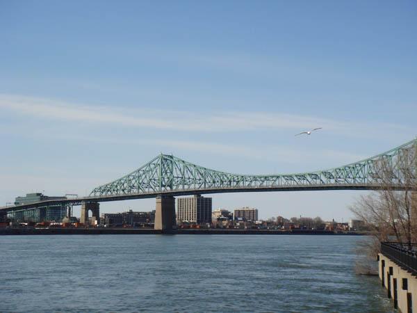 Pont Jacques Cartier à Montréal Canada