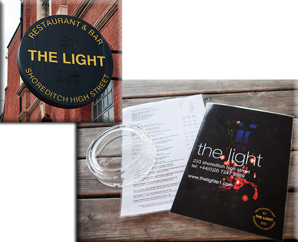 The Light bar street art londres