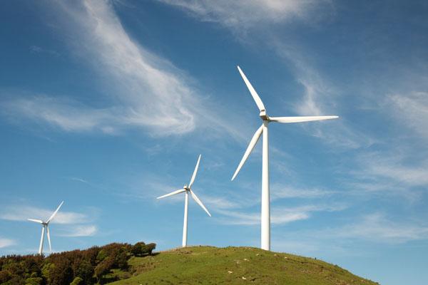 Passer au milieu des éoliennes Nouvelle Zélande