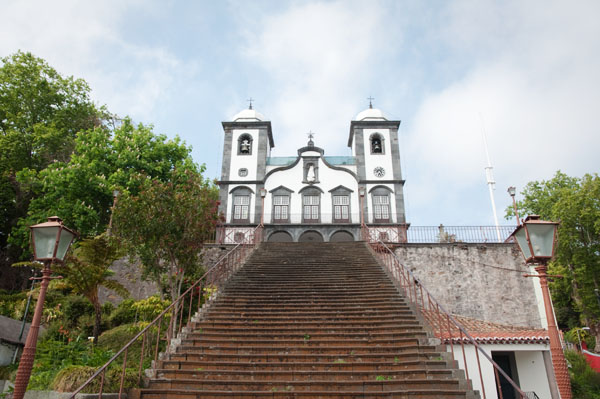 Départ des carreros de l'Eglise de Monte à Funchal
