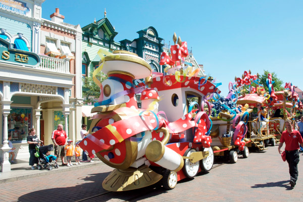 Le train de la parade Disneyland