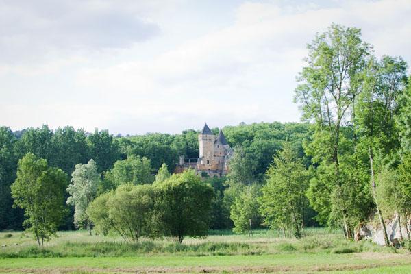 Chateau voisin de Commarque