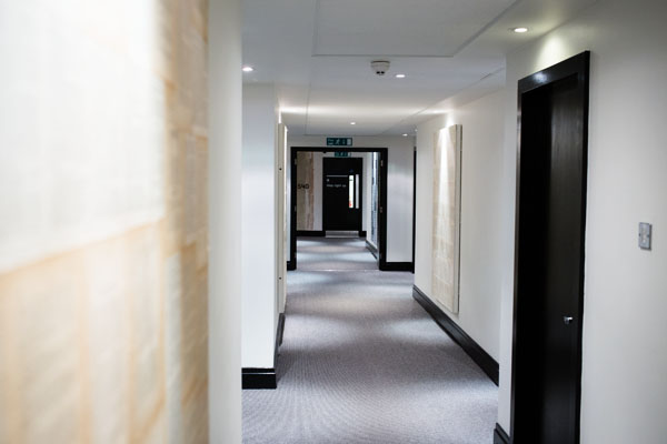 ACE Hotel Londres - Couloirs menant aux chambres
