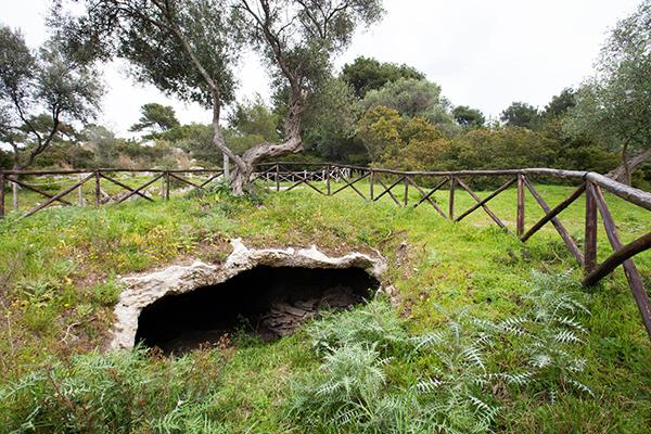 Gargano - Grottes archéologiques