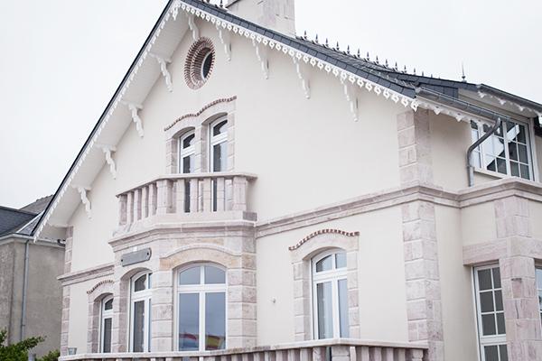 Maison Erquy en grès rose