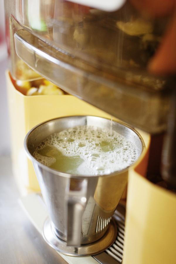 Alchimiste - Pressuer le jus de citron