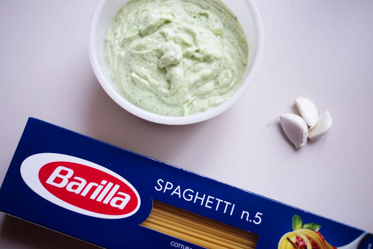 Cuisson des pâtes Barilla avec la crème de courgettes