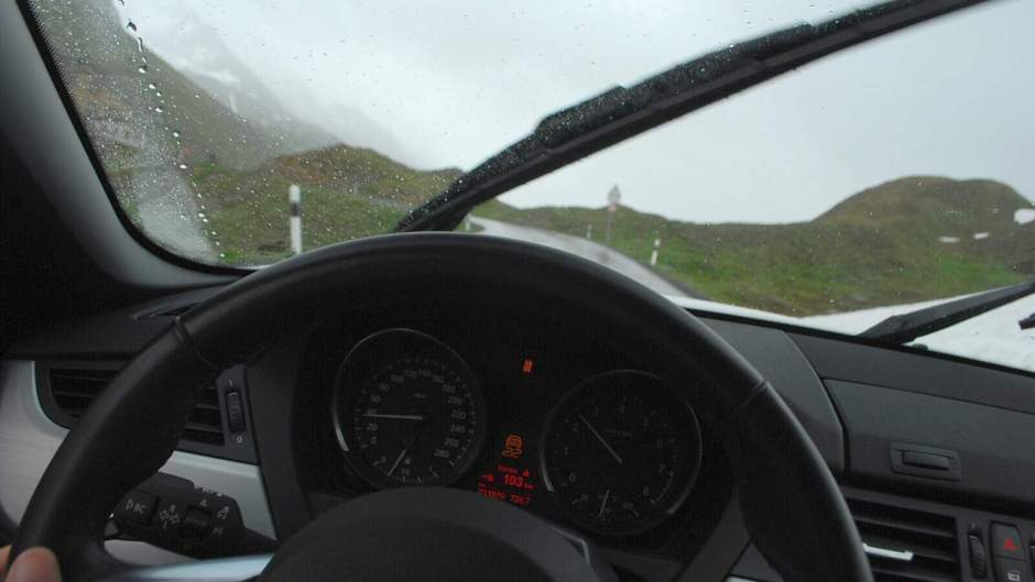 Výhled zpoza volantu BMW Z4