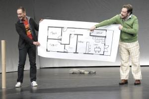 Szene mit Henrik Schubert (Mick), Roland Riebeling (Frank) (Bild: Thomas Aurin, Schauspielhaus Bochum)