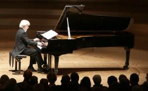 Krystian Zimerman in der Essener Philharmonie. Foto: KFR/Wieler