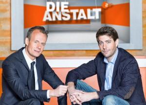 """Neue Chefs in der """"Anstalt"""": Max Uthoff (li.) und Claus von Wagner (© ZDF/Jürgen Nobel)"""