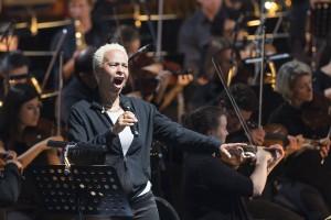"""Die New Yorker Soul- und Jazz-Sängerin Jocelyn B. Smith singt """"Drei Horatier-Songs"""" nach Texten von Heiner Müller (Foto: Wonge Bergmann/Ruhrtriennale)"""