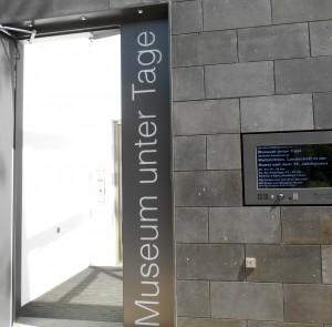 Eingang in die Unterwelt. (Foto Pöpsel)