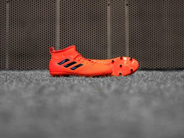 Acarpe da calcio Adidas Predator