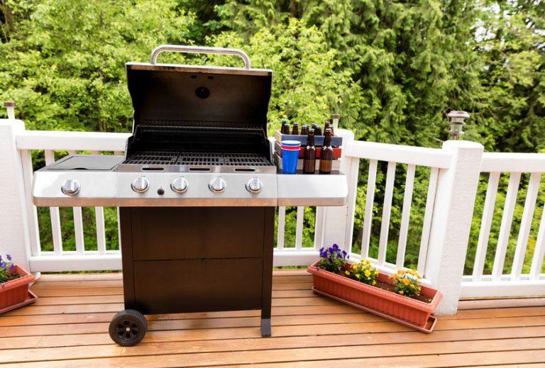 Barbecue su un terrazzo