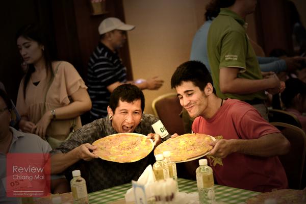 แข่งกินพิซซ่าสุดมันส์ ! ที่เดียวในเชียงใหม่ @ศิริปันนา