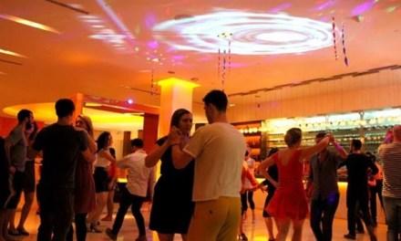 มาขยับจังหวะในใจคุณกับ D2 Latin Dance Party Night ที่มิกซ์บาร์ โรงแรมดุสิตดีทู เชียงใหม่