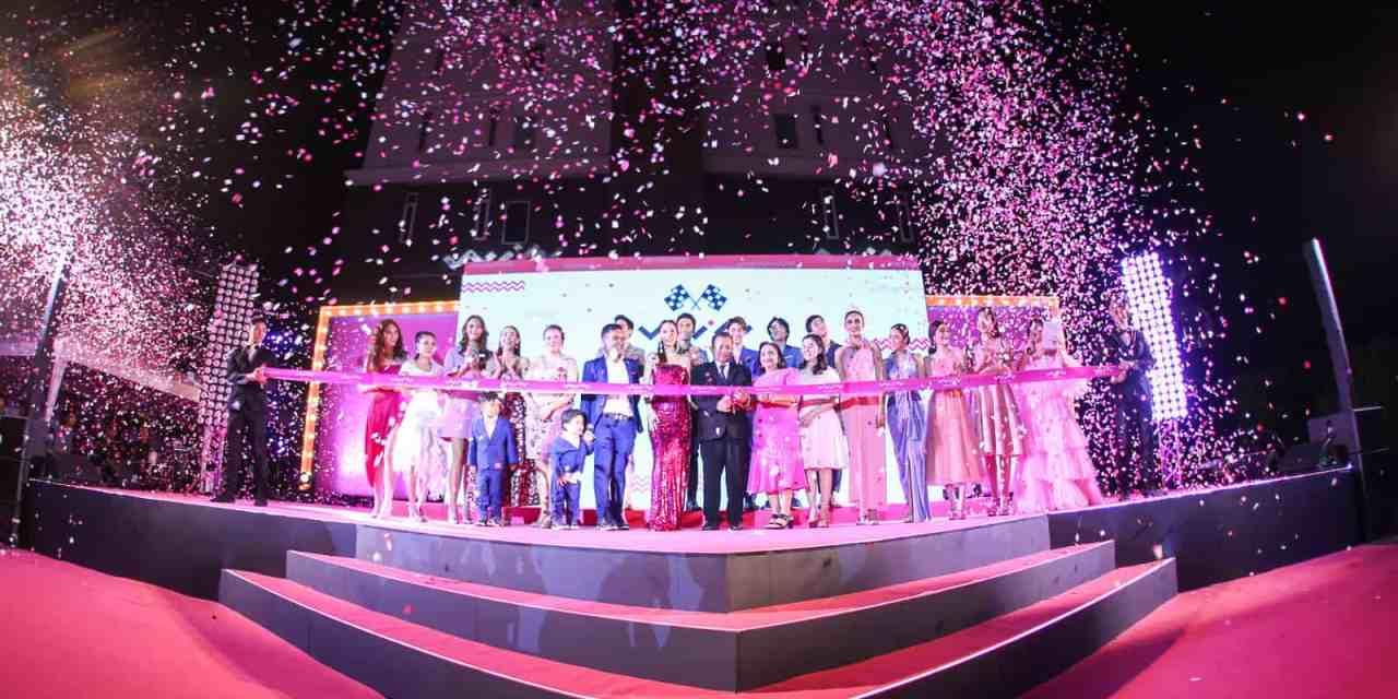 "WIN Cosmetic เปิดตัวอย่างสวยงามในงาน ""PINK Carpet Super Star Grand Opening"""