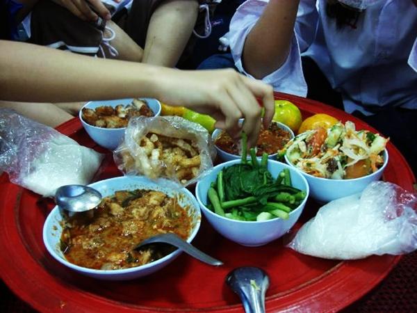 วัฒนธรรมการกินอาหารของชาวล้านนา