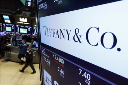 Tiffany Shares Fall As Spending Declines