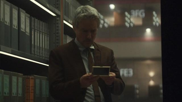 Morbius looking at a TemPad