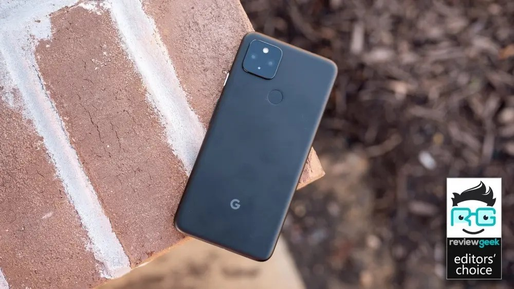 The Pixel 4a 5G, a benchmark for mid-range phones.