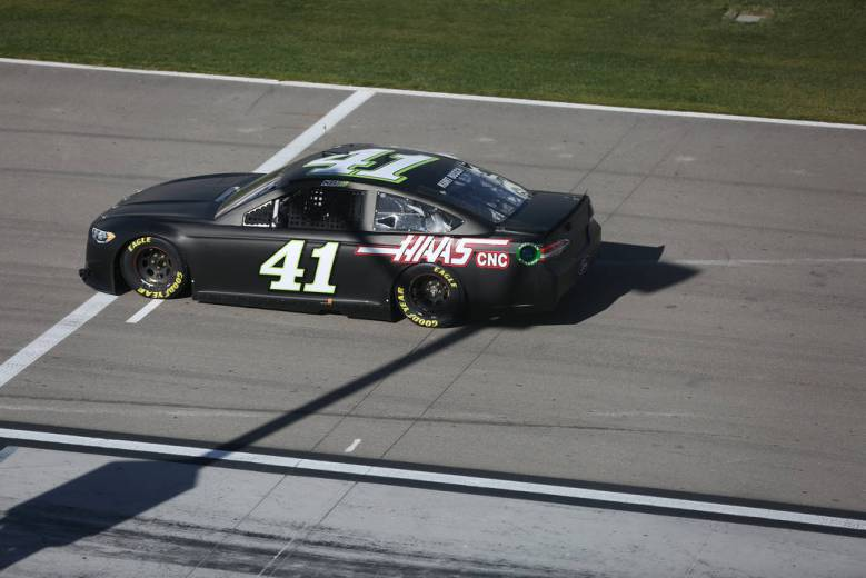 Kurt Busch, NASCAR drivers make noise at Las Vegas tests – Las Vegas Review-Journal
