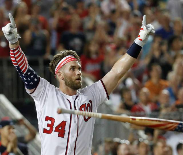 Bryce Harper Wins The Home Run Derby In Front Of Home Crowd Bryce Harper Of The Washington Nationals Wins The Home Run Derby