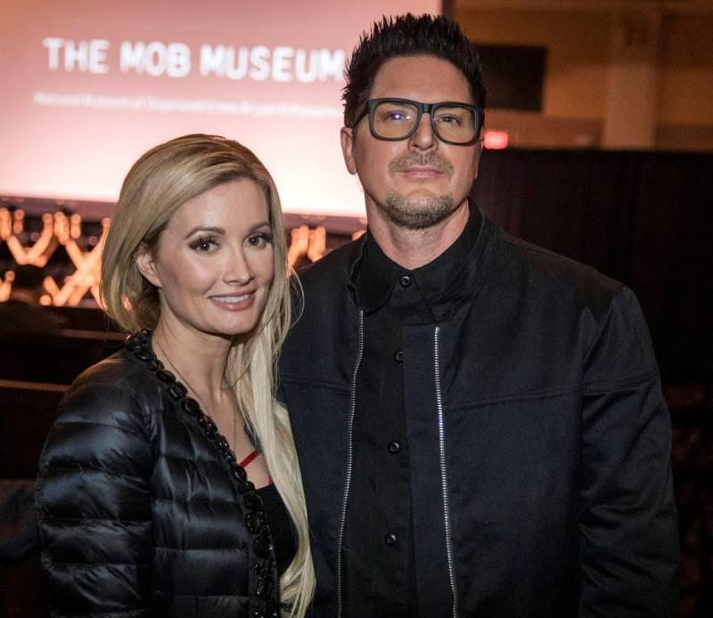 """Holly Madison et Zak Bagans sont présentés à la première de """"Mob Town"""" au Mob Museum le samedi ..."""