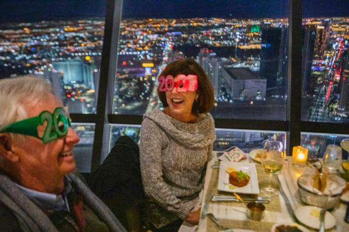 Las Vegas area restaurants offer New Year's Eve cheer to end 2020