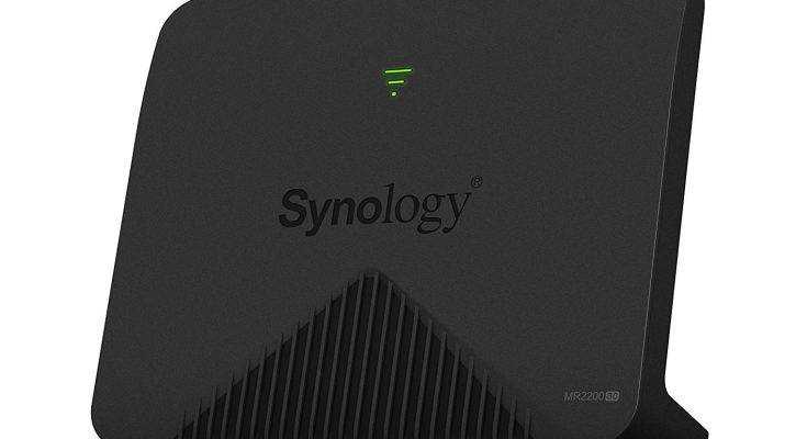 Synology Mesh WiFi Router MR2200ac, Dedicated Tri-band 2.13 Gbps