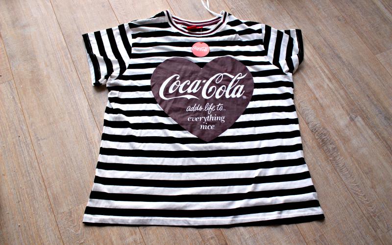 Primark - Coca-Cola Pyjama shirt