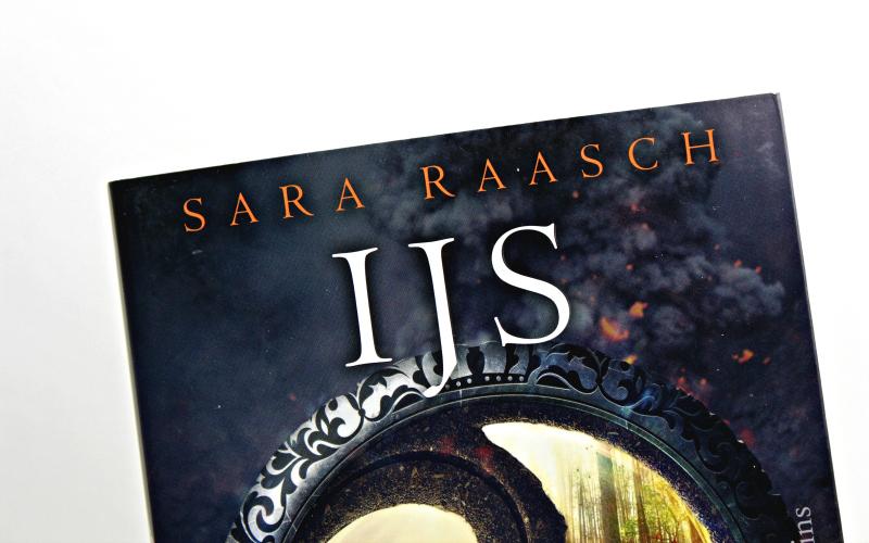 IJs als Vuur - Sara Raasch