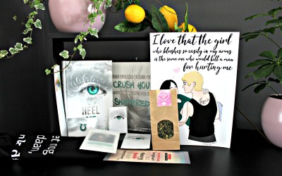 Unboxing   Celebrate Books – Tahereh Mafi Special: Heel Me