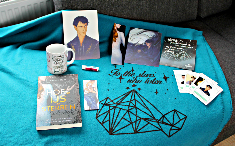 Unboxing | Celebrate Books – Sarah J. Maas Special