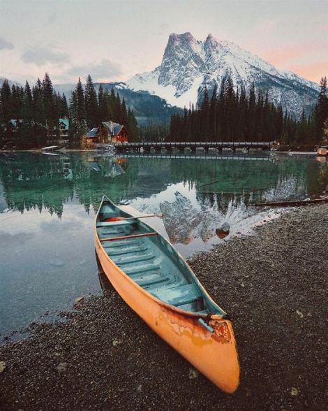 perfect-canoe-boats-store-near-my-locality