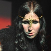 "Chelsea Wolfe: ""I Let Love In"" (Nick Cave Cover)"