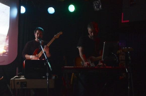 zammuto band 4