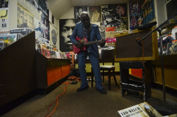leo bud welch blues treehouse 8