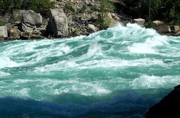 Rapids near Niagara Falls. Image credit NiagaraFallsLive.com