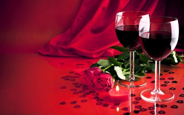 Romantic Wine advertisement. Image credit forwallpaper.com