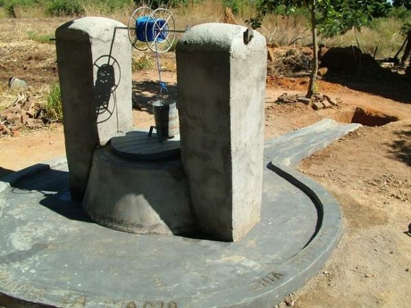 A protected well. Image credit totallandcare.org