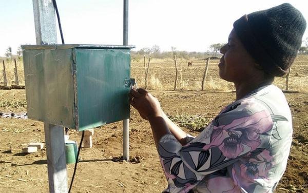 A solar pump in a rural marginal area. Image credit  massmaninter.com