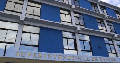 Superintendencia de Bancos aclara sentencia de la SCJ sobre débito a una cuenta bancaria
